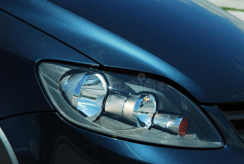 Μπροστινός προβολέας αυτοκινήτων στοκ φωτογραφία με δικαίωμα ελεύθερης χρήσης