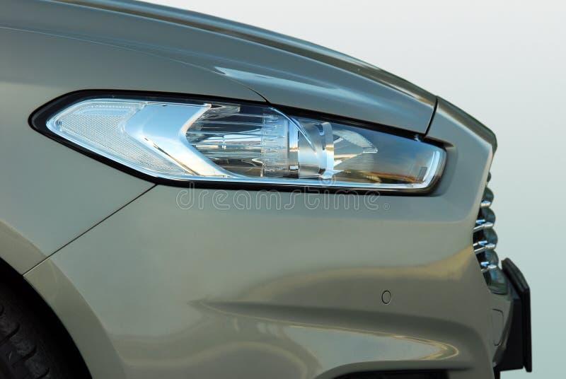 μπροστινό φως αυτοκινήτων στοκ φωτογραφία με δικαίωμα ελεύθερης χρήσης