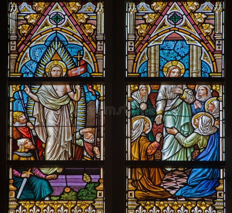 ΜΠΡΥΖ, ΒΕΛΓΙΟ - 12 ΙΟΥΝΊΟΥ 2014: Η αναστημένη σκηνή Χριστού στο windwopane στην εκκλησία του ST Jacobs στοκ εικόνα με δικαίωμα ελεύθερης χρήσης