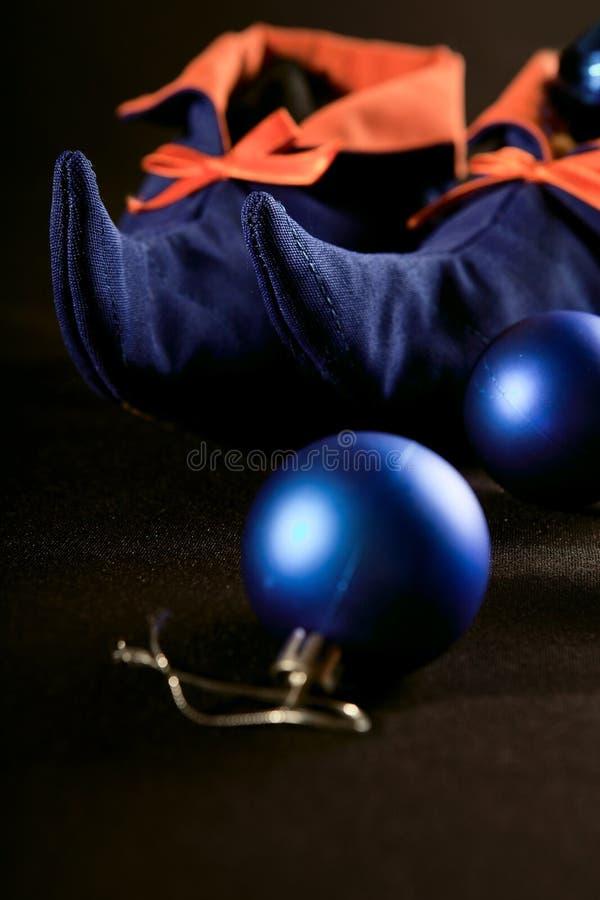 Μπότες νεραιδών Χριστουγέννων με τη διακόσμηση στοκ εικόνες με δικαίωμα ελεύθερης χρήσης