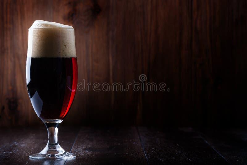 Μπύρα γυαλιού στοκ φωτογραφία με δικαίωμα ελεύθερης χρήσης