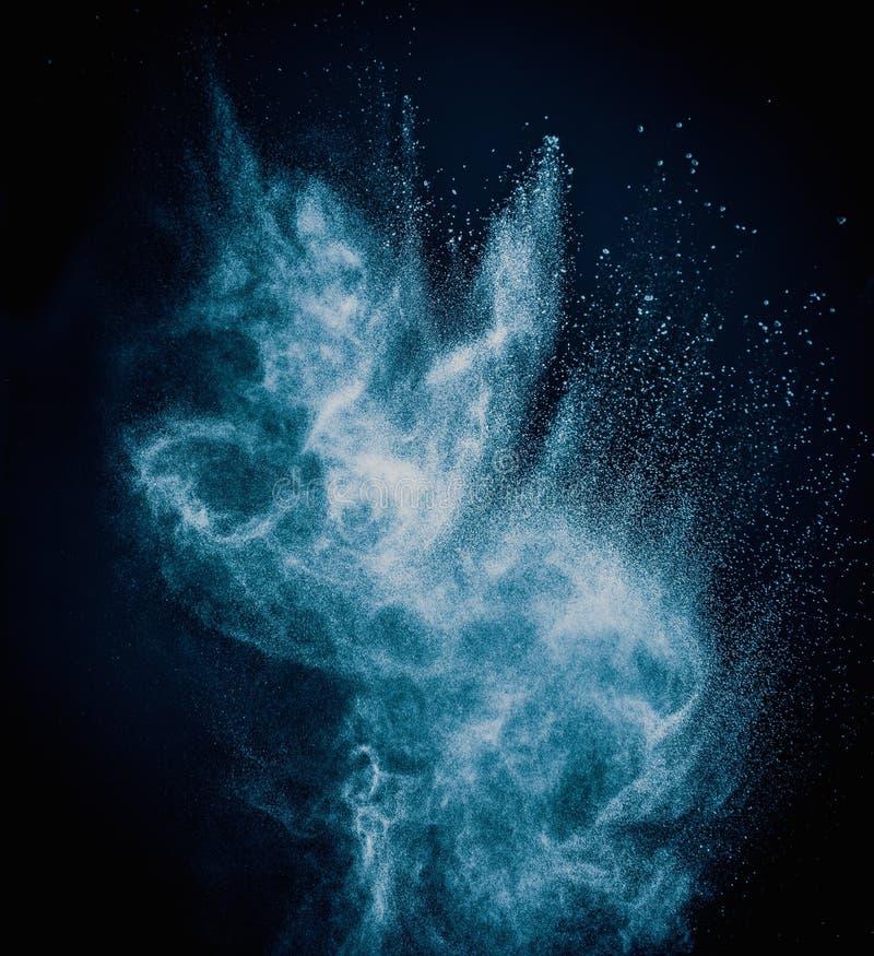 Μπλε ανατίναξη σκονών στοκ φωτογραφίες