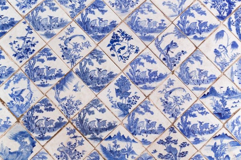 Μπλε αρχαία κινεζικά κεραμίδια πατωμάτων ύφους στοκ φωτογραφία με δικαίωμα ελεύθερης χρήσης