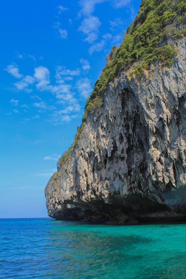 Μπλε λιμνοθάλασσα, νησί phi-Phi, Ταϊλάνδη στοκ εικόνα με δικαίωμα ελεύθερης χρήσης