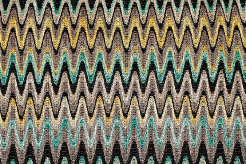 Μπλε, κίτρινο και γκρίζο ύφασμα σχεδίων οριζόντιων γραμμών κυμάτων στοκ εικόνα με δικαίωμα ελεύθερης χρήσης