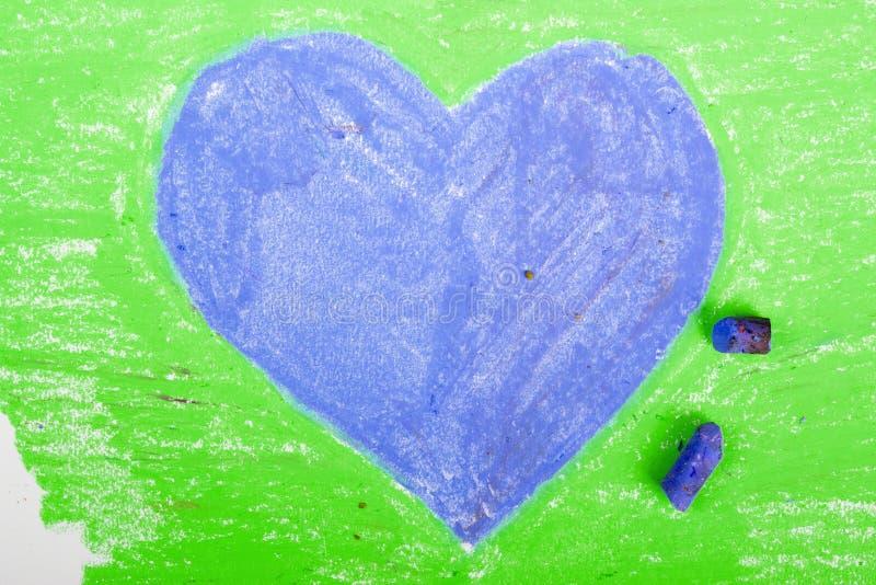 Μπλε καρδιά στο πράσινο υπόβαθρο διανυσματική απεικόνιση