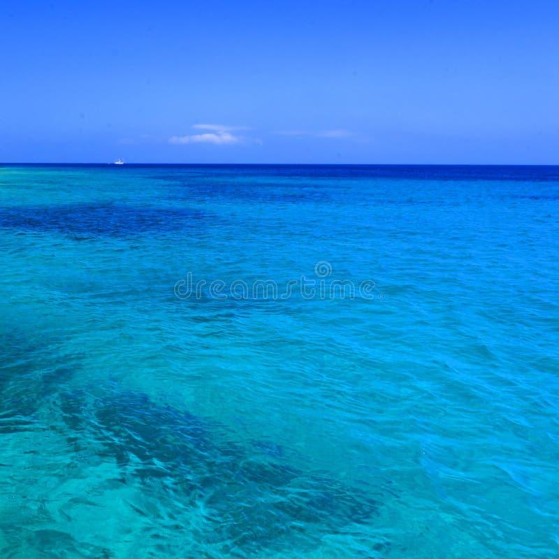 μπλε Μεσόγειος στοκ φωτογραφία με δικαίωμα ελεύθερης χρήσης