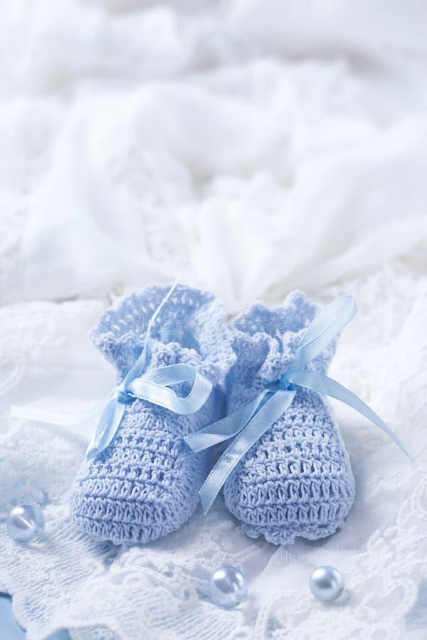 μπλε παπούτσια μωρών στοκ εικόνα με δικαίωμα ελεύθερης χρήσης
