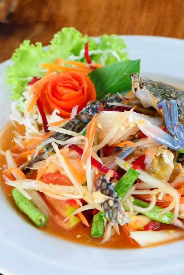 Μπλε πικάντικη papaya καβουριών σαλάτα στοκ εικόνες