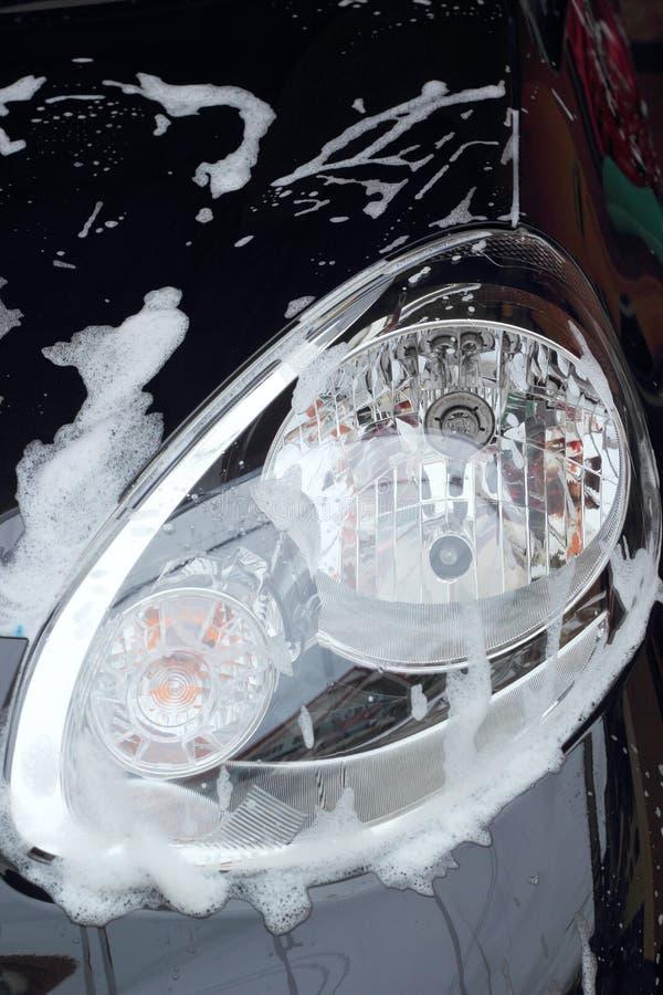 Μπλε σφουγγάρι το αυτοκίνητο για την πλύση στοκ εικόνες με δικαίωμα ελεύθερης χρήσης