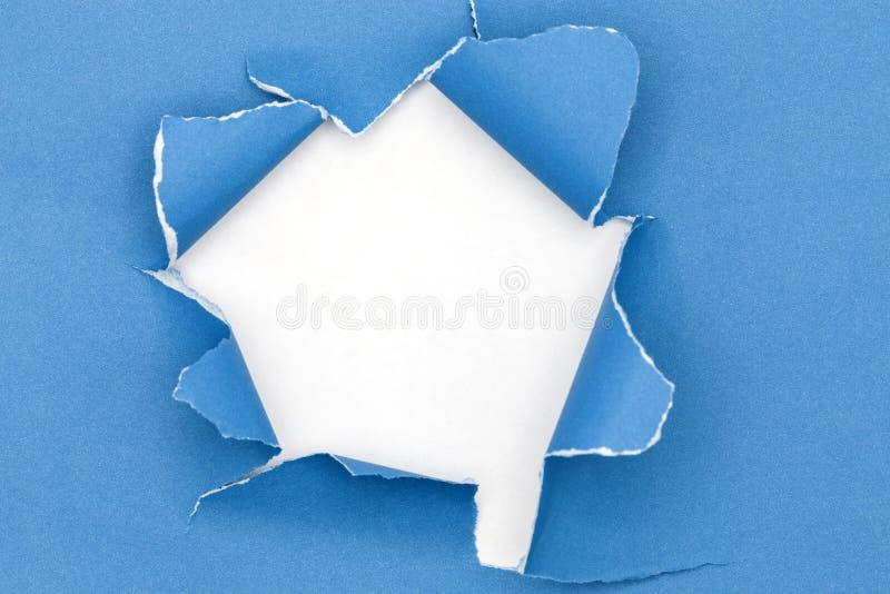 Μπλε σχισμένο ανοικτό έγγραφο για το υπόβαθρο της Λευκής Βίβλου στοκ εικόνα με δικαίωμα ελεύθερης χρήσης