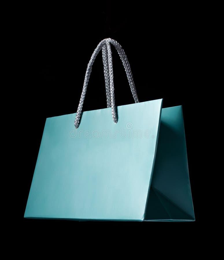 Μπλε τσάντα αγορών στοκ εικόνα