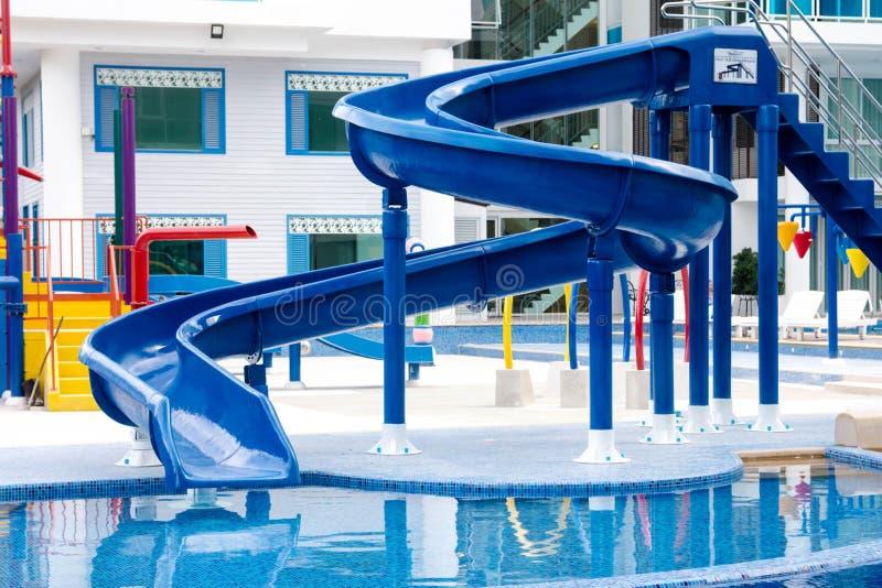 μπλε waterslide στοκ φωτογραφίες