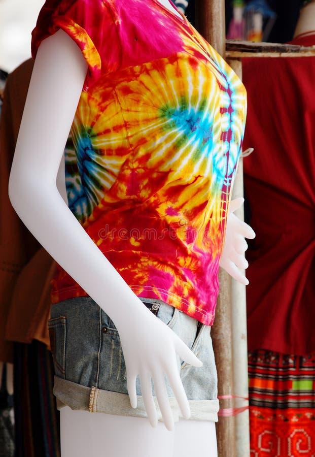Μπλούζα μπατίκ στοκ φωτογραφία