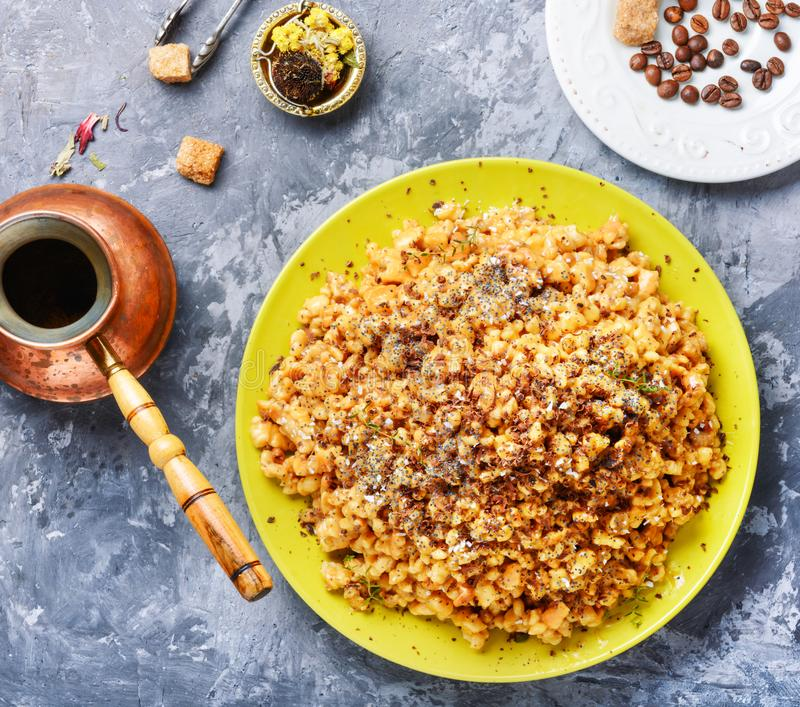 Μυρμηγκοφωλιά κέικ με το μέλι στοκ φωτογραφία με δικαίωμα ελεύθερης χρήσης