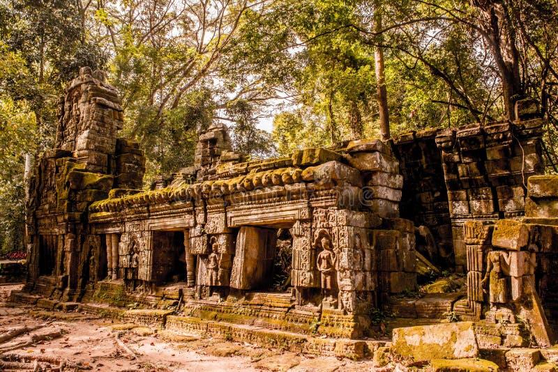 Μυστήριες καταστροφές του αρχαίου ναού TA Prohm στοκ εικόνα
