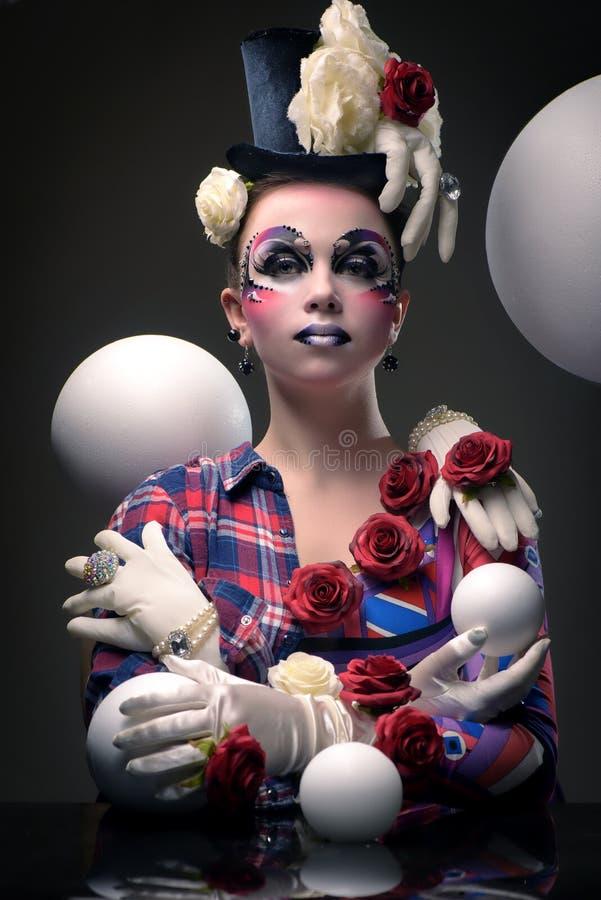 Μυστήριος θηλυκός jester χαρακτήρας μεταμφιέσεων στοκ εικόνες με δικαίωμα ελεύθερης χρήσης