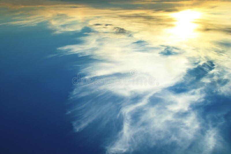 Μυστήριος νυχτερινός ουρανός. στοκ εικόνα