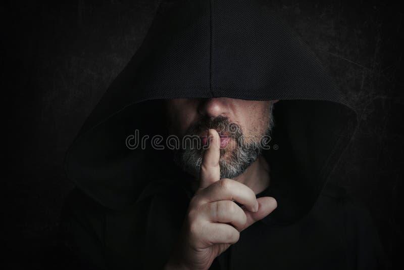 Μυστήριο άτομο σε αποκριές στοκ εικόνες με δικαίωμα ελεύθερης χρήσης
