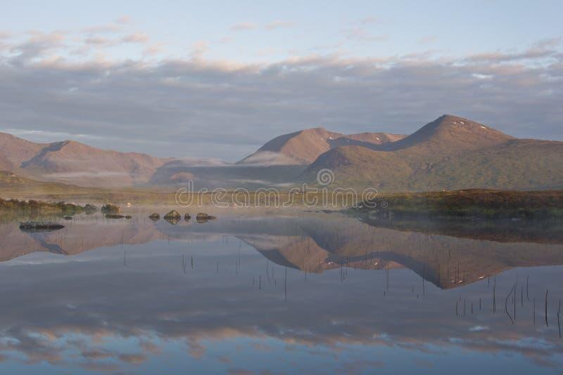 μυστήριο βουνών στοκ εικόνα με δικαίωμα ελεύθερης χρήσης