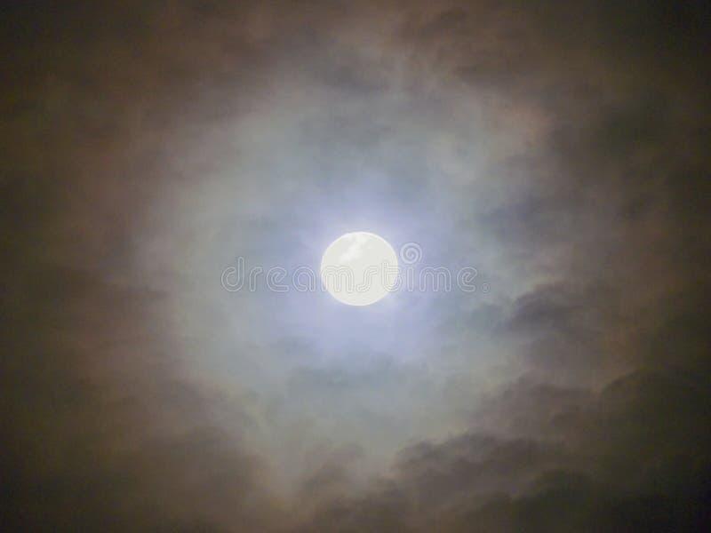 Μυστήριο φεγγάρι στοκ φωτογραφία με δικαίωμα ελεύθερης χρήσης