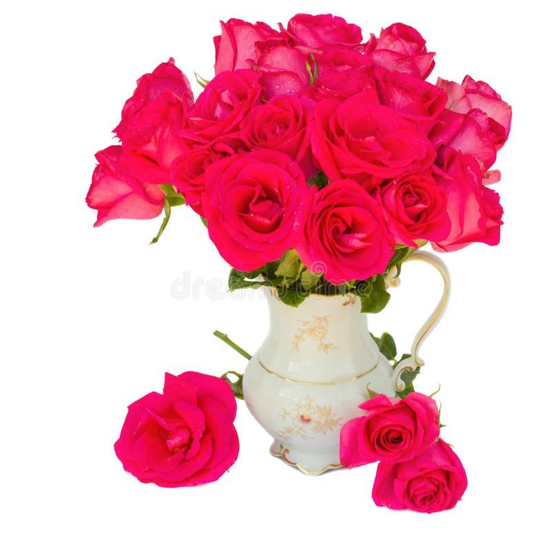 Μωβ μπουκέτο λουλουδιών τριαντάφυλλων στο βάζο στοκ εικόνες με δικαίωμα ελεύθερης χρήσης