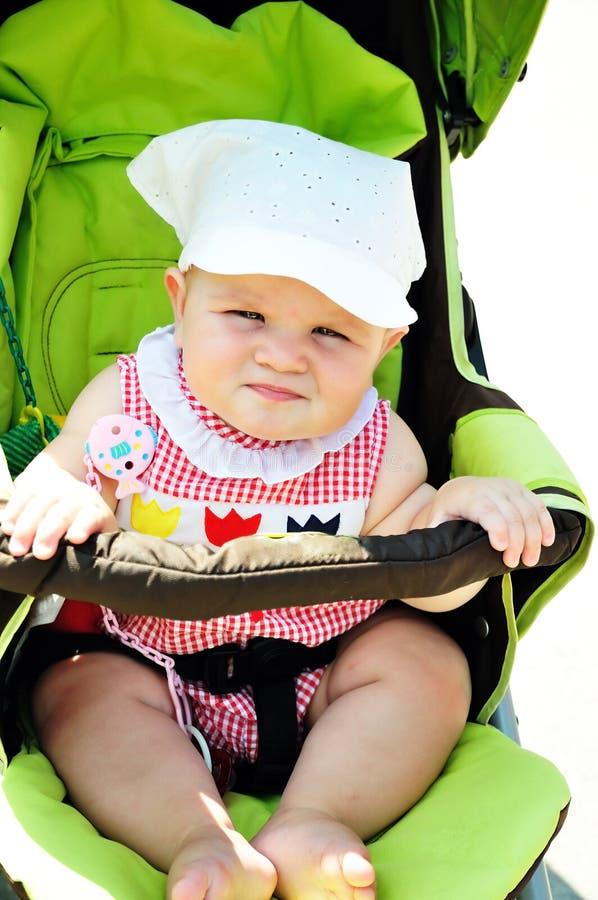 μωρό σοβαρό στοκ φωτογραφία με δικαίωμα ελεύθερης χρήσης