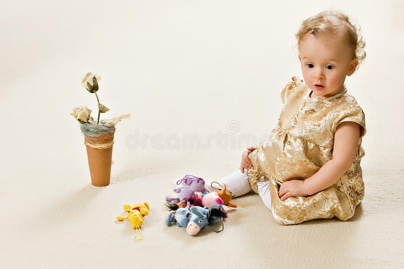 μωρό χρυσό στοκ φωτογραφίες