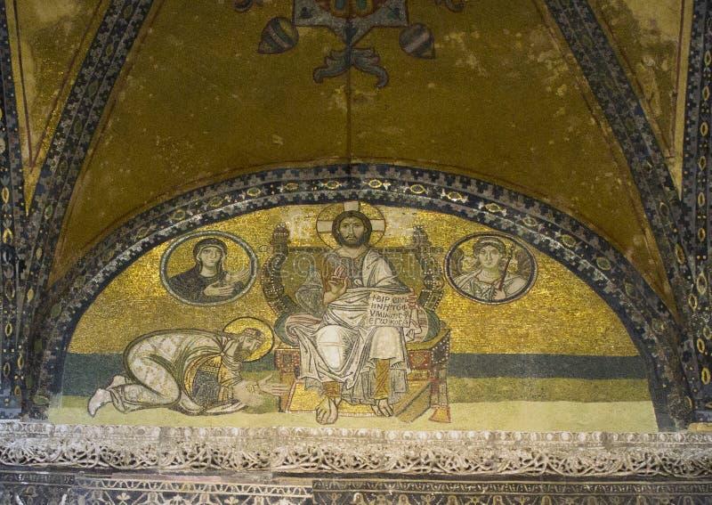 Μωσαϊκό στο tympanum πέρα από τον αυτοκρατορικό Γκέιτς του Hagia Sophia στοκ εικόνες