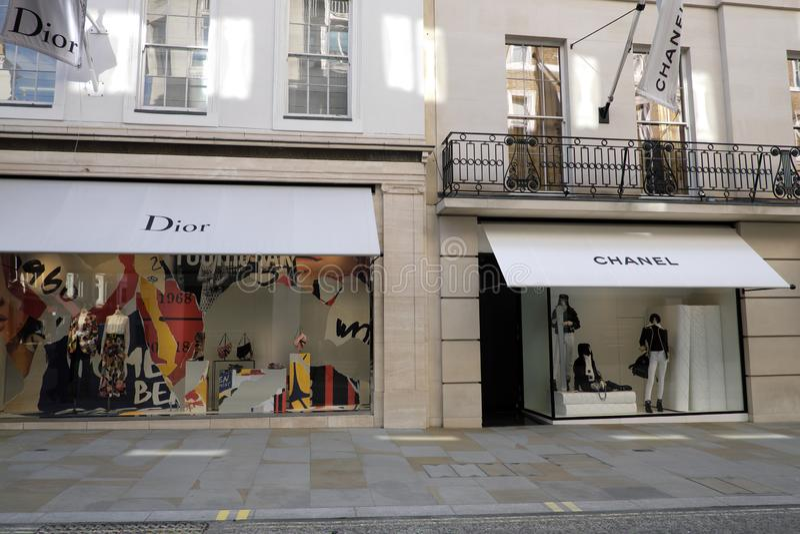 Μόδα Dior και Chanel πολυτέλειας στοκ εικόνα με δικαίωμα ελεύθερης χρήσης