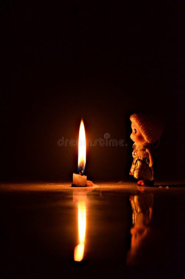 Μόνη χαριτωμένη κούκλα στοκ φωτογραφίες