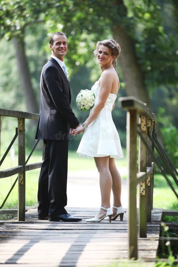 μόνιμος γάμος ζευγών γεφ&upsi στοκ φωτογραφία με δικαίωμα ελεύθερης χρήσης