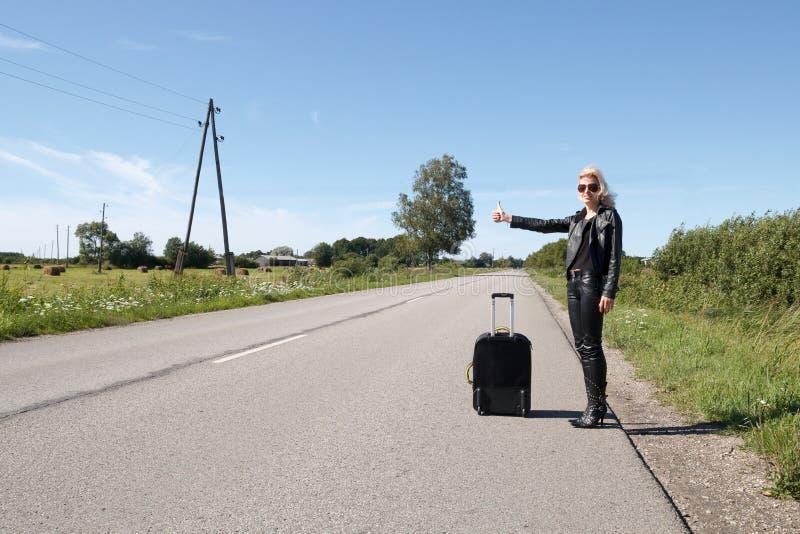 Μόνος hitchhiker στοκ εικόνα