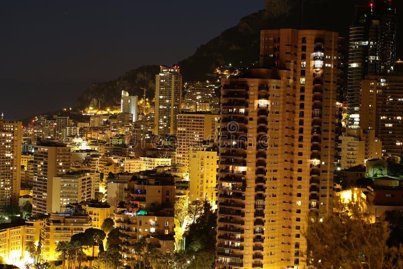 Μόντε Κάρλο Μονακό τη νύχτα στοκ φωτογραφία