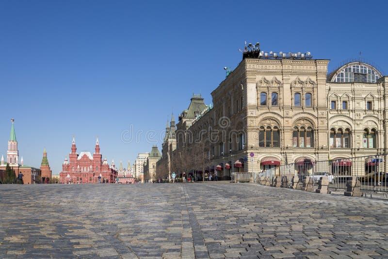 Μόσχα, Ρωσία - 12 Απριλίου 2018 - μη αναγνωρισμένη επίσκεψη φ τουριστών στοκ εικόνα