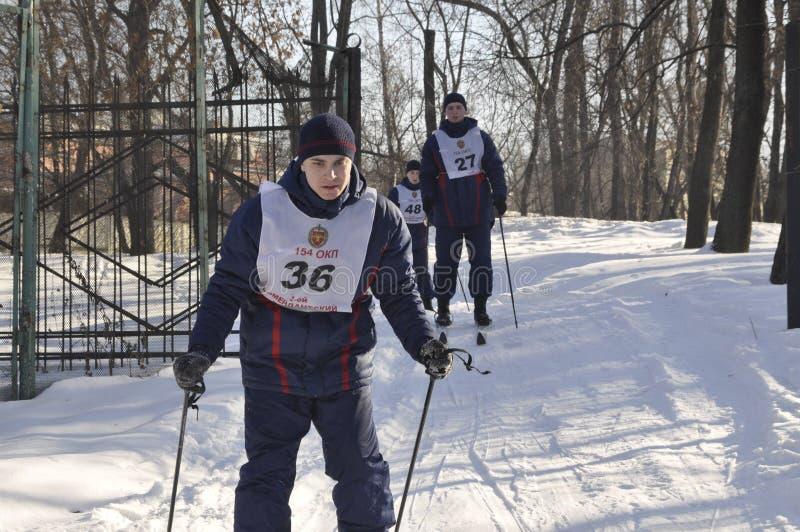 Μόσχα, Ρωσία, στις 2 Ιανουαρίου 2019, αθλητισμός και μαζικά γεγονότα στο 154 χωριστά σύνταγμα Preobrazhensky διοικητών, ανταγωνισ στοκ φωτογραφίες