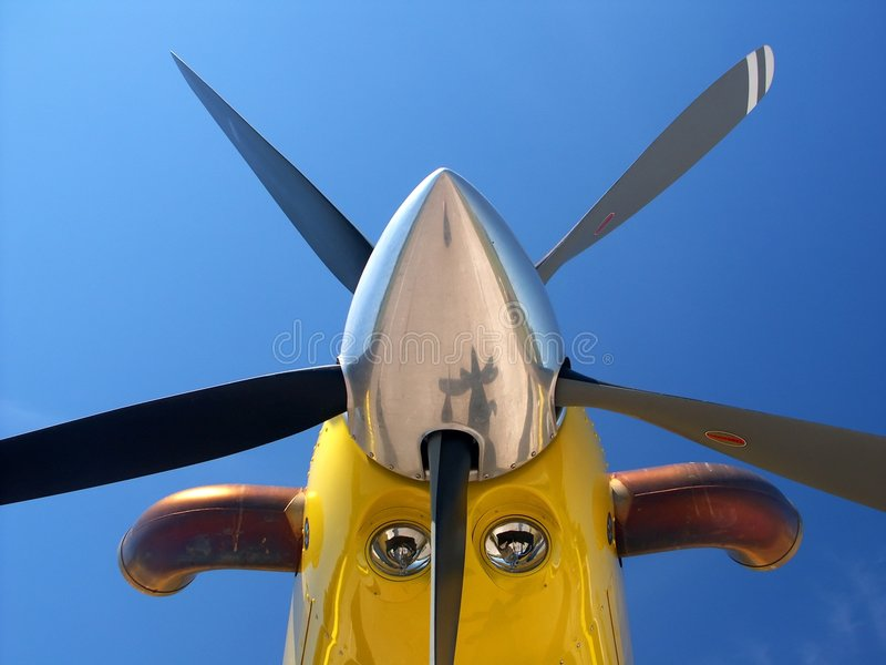 μύτη αεροσκαφών κίτρινη Στοκ Φωτογραφία