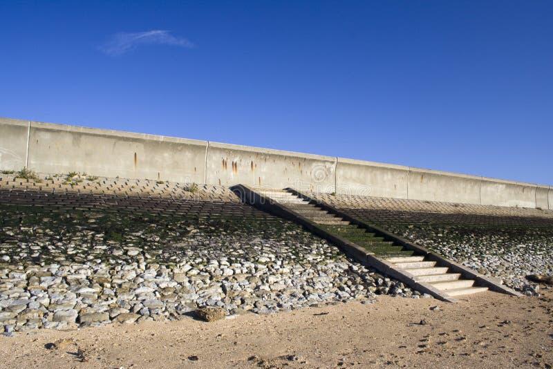 Μώλος και βήματα στο νησί Canvey, Essex, Αγγλία στοκ φωτογραφία με δικαίωμα ελεύθερης χρήσης