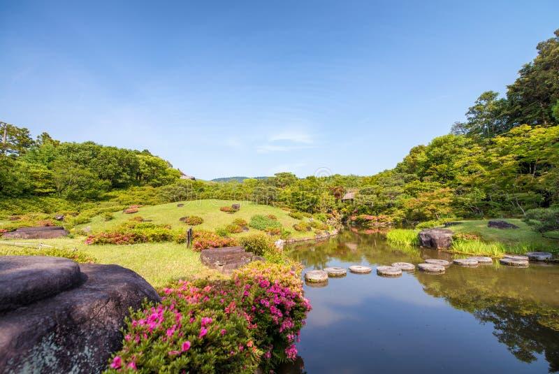 Νάρα, Ιαπωνία - περιοχή παγκόσμιων κληρονομιών της ΟΥΝΕΣΚΟ Κήπος Isuien από τη Mei στοκ φωτογραφία