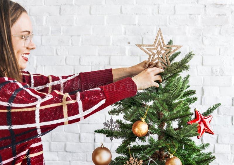 Νέα έννοια διακοσμήσεων εορτασμού έτους Χριστουγέννων στοκ εικόνες