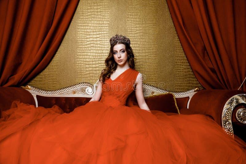 Νέα βασίλισσα ομορφιάς στοκ εικόνες