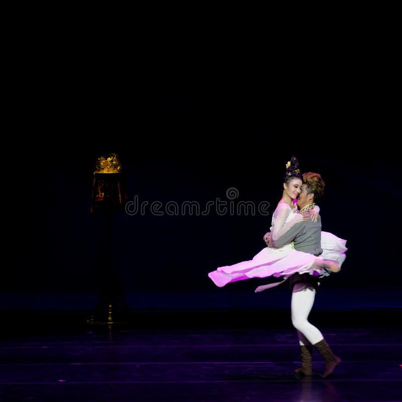 Νέα γαμήλια νύχτα το 2-τριών actï ¼ š ` όνειρο να τεμαχίσει το μετάξι ` - επική πριγκήπισσα ` μεταξιού δράματος ` χορού στοκ φωτογραφία με δικαίωμα ελεύθερης χρήσης