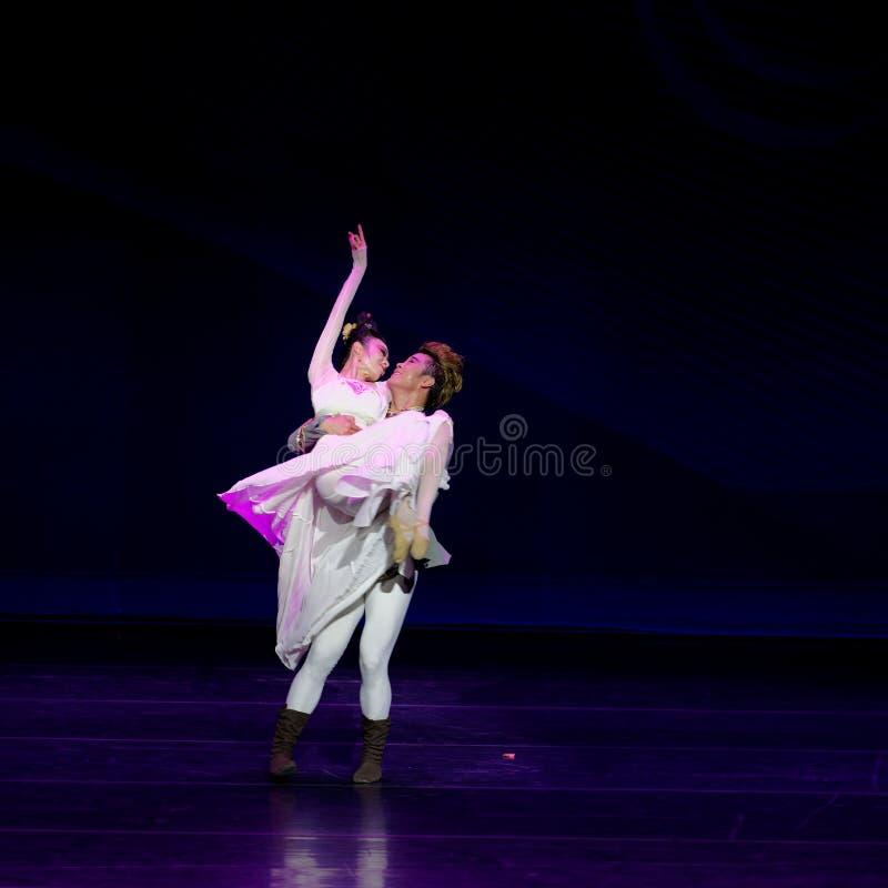 Νέα γαμήλια νύχτα το 2-τριών actï ¼ š ` όνειρο να τεμαχίσει το μετάξι ` - επική πριγκήπισσα ` μεταξιού δράματος ` χορού στοκ φωτογραφίες με δικαίωμα ελεύθερης χρήσης
