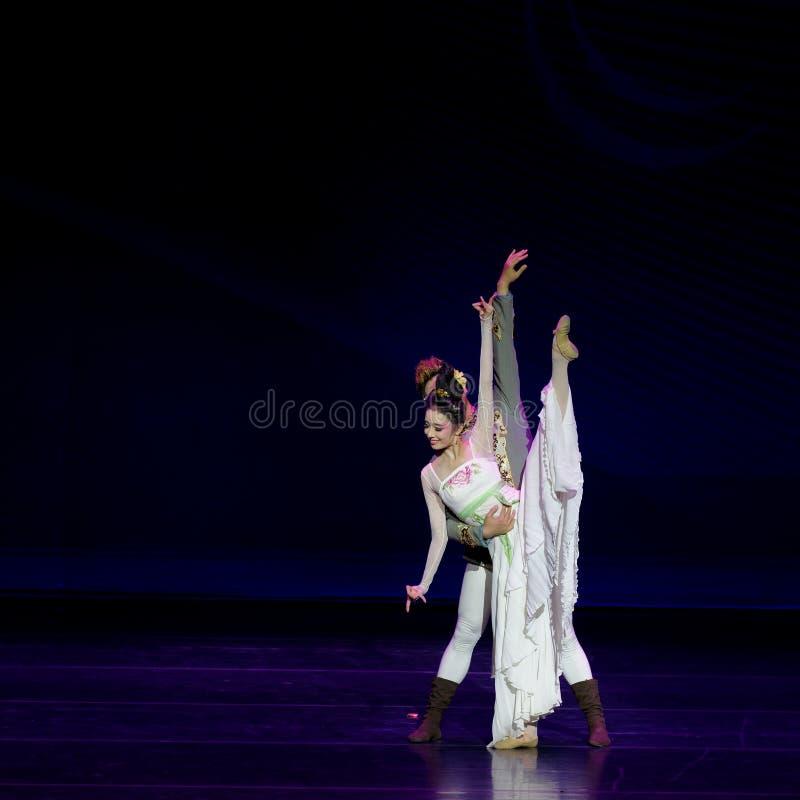 Νέα γαμήλια νύχτα το 3-τριών actï ¼ š ` όνειρο να τεμαχίσει το μετάξι ` - επική πριγκήπισσα ` μεταξιού δράματος ` χορού στοκ φωτογραφία