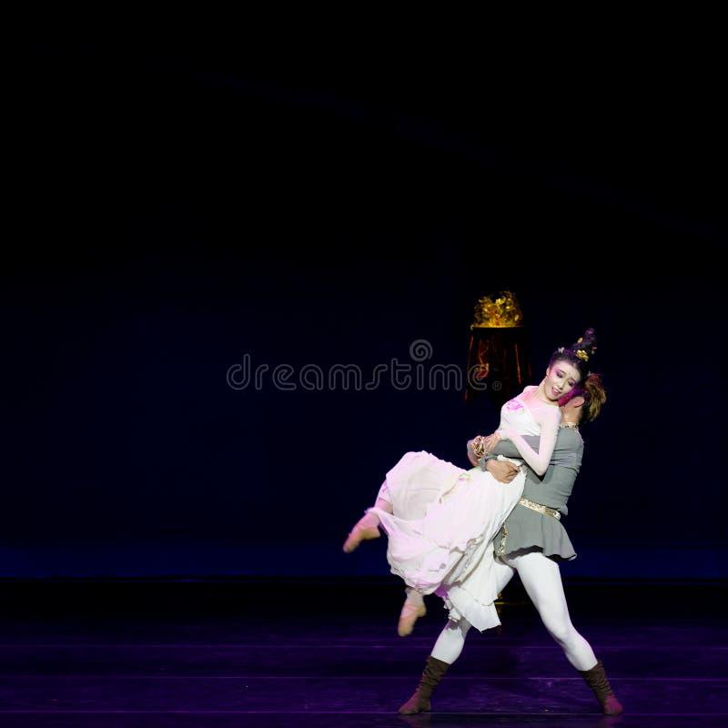 Νέα γαμήλια νύχτα το 3-τριών actï ¼ š ` όνειρο να τεμαχίσει το μετάξι ` - επική πριγκήπισσα ` μεταξιού δράματος ` χορού στοκ φωτογραφία με δικαίωμα ελεύθερης χρήσης