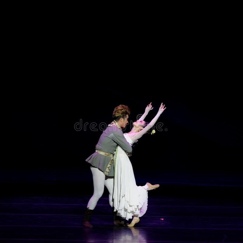 Νέα γαμήλια νύχτα το 3-τριών actï ¼ š ` όνειρο να τεμαχίσει το μετάξι ` - επική πριγκήπισσα ` μεταξιού δράματος ` χορού στοκ εικόνες με δικαίωμα ελεύθερης χρήσης
