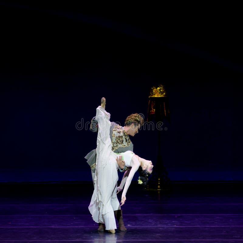 Νέα γαμήλια νύχτα το 4-τριών actï ¼ š ` όνειρο να τεμαχίσει το μετάξι ` - επική πριγκήπισσα ` μεταξιού δράματος ` χορού στοκ φωτογραφία