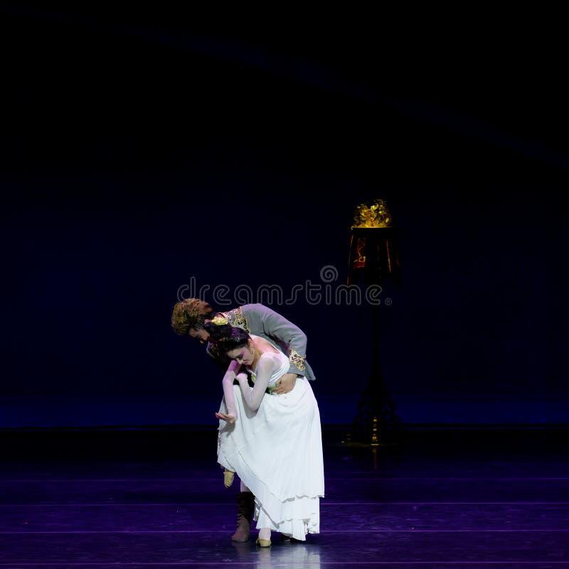 Νέα γαμήλια νύχτα το 4-τριών actï ¼ š ` όνειρο να τεμαχίσει το μετάξι ` - επική πριγκήπισσα ` μεταξιού δράματος ` χορού στοκ φωτογραφίες με δικαίωμα ελεύθερης χρήσης