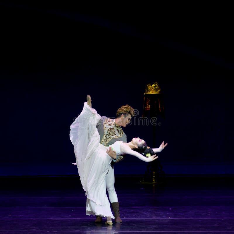 Νέα γαμήλια νύχτα το 4-τριών actï ¼ š ` όνειρο να τεμαχίσει το μετάξι ` - επική πριγκήπισσα ` μεταξιού δράματος ` χορού στοκ εικόνα