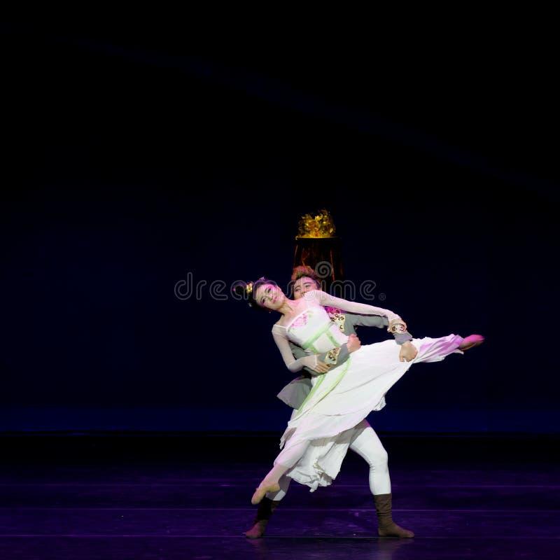 Νέα γαμήλια νύχτα το 5-τριών actï ¼ š ` όνειρο να τεμαχίσει το μετάξι ` - επική πριγκήπισσα ` μεταξιού δράματος ` χορού στοκ φωτογραφίες με δικαίωμα ελεύθερης χρήσης